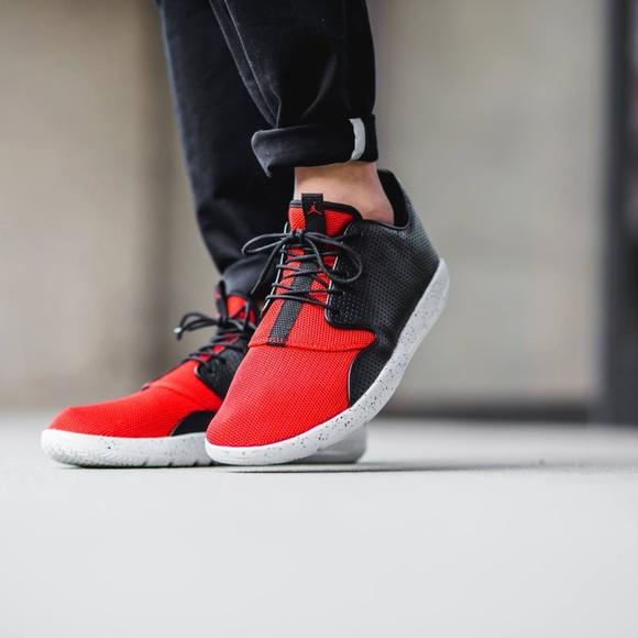 762c4bc694480 NEW - Men s Nike Air Jordan Eclipse - Black   Red